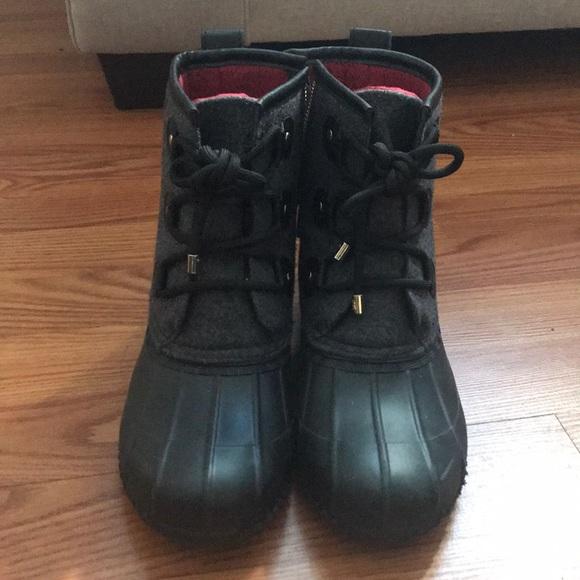 2b6674823ec3c ... Red Tommy Hilfiger Winter Rain Boots. M 5a78893d2ab8c5aeb017cd0a